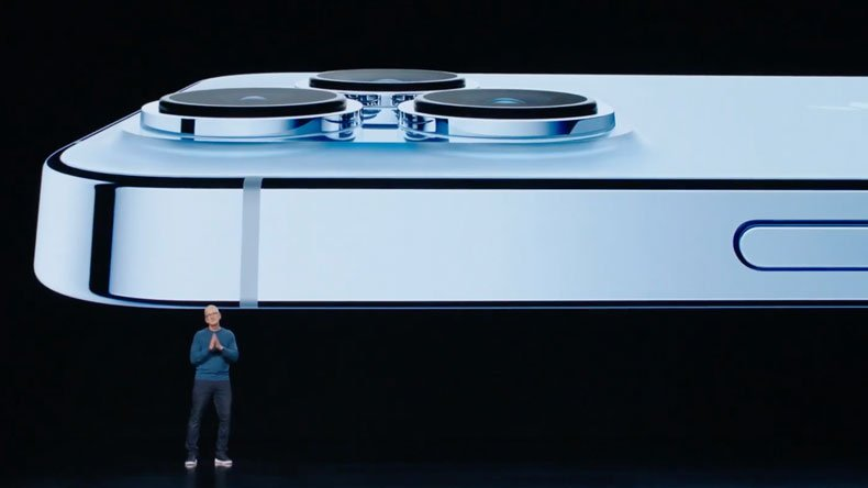 Episode 301: Apple Special Event, California Dreaming